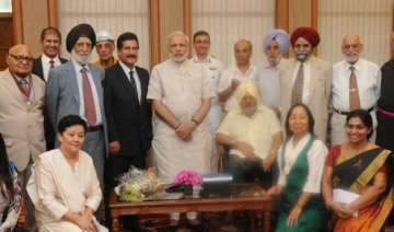 pm modi meets mountaineering team that scaled...