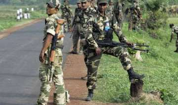 50 kg can bomb found in jharkhand - India TV