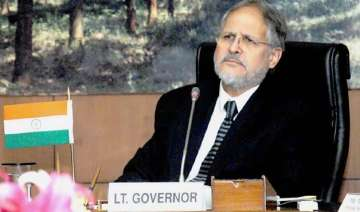 lg najeeb jung offers 2 civic bodies 300 cr loan...