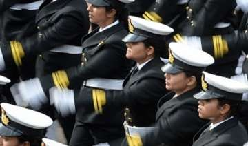 navy pitches for women pilots but no combat role...