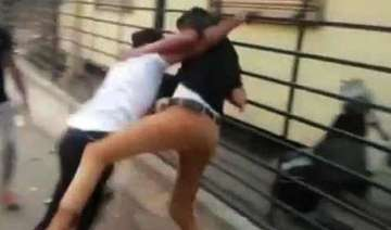 hyderabad student dies in wwe style street fight...