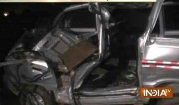 5 killed as car collides with truck in up - India...