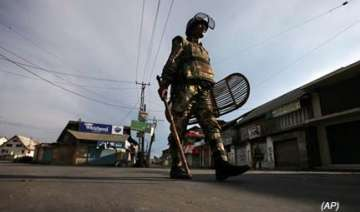 four killed in fresh violence in valley - India TV
