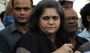 sc issues notice to teesta setalvad on cbi plea...