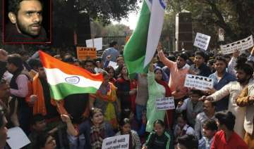 jnu row delhi police report silent on kanhaiya...