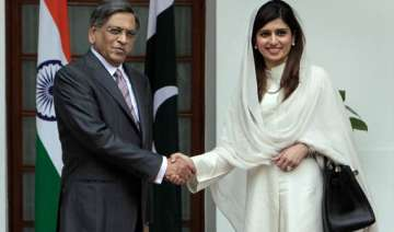 india pak foreign ministers hold talks - India TV