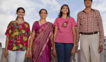 kulkarni s to set world record of tallest family...