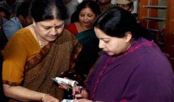 jayalalithaa expels two more sasikala family...
