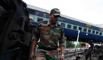 kalka mail mishap army joins rescue operations -...