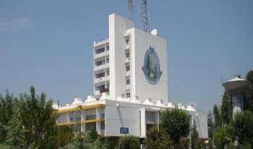 kashmir university plans to introduce chinese...