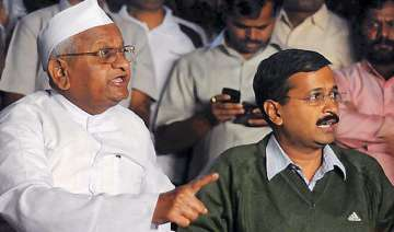 kejriwal denies hazare s connections with rss...