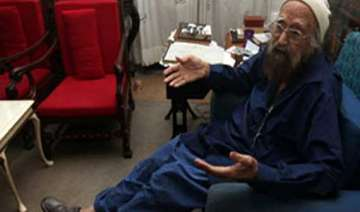 know khushwant singh a prolific writer who left a...