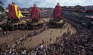 lakhs of devotees throng puri for jagannath rath...