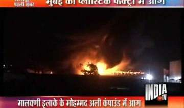 lakhs worth plastic chemicals gutted in mumbai...