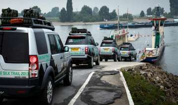 land rover s silk trail 2013 expedition ends in...