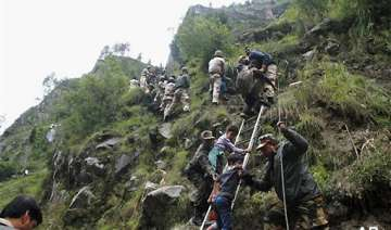 list of 300 people rescued from kedarnath - India...