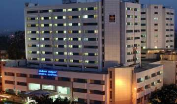 manipal hospital in bangalore to pay rs 5.1 lakhs...