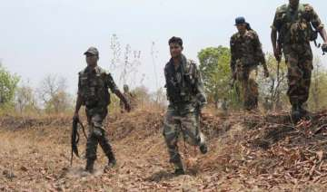 maoists set fire to road construction machines in...