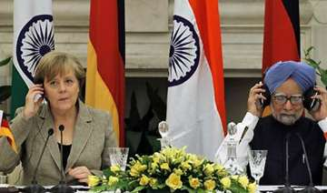 merkel pitches for eurofighter typhoon - India TV