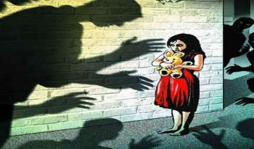 minor girl raped by neighbour in maharashtra -...