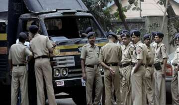 naked body found in railway premises in up -...