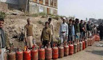 non subsidised cooking gas rate cut by over rs.23...