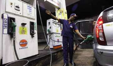 oilcos may review petrol rates on friday - India...