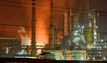 fire at hpcl refinery in vizag one killed 35...