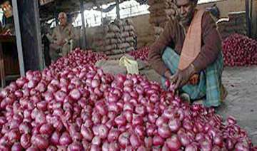 onion selling at rs 60 a kg in delhi markets...