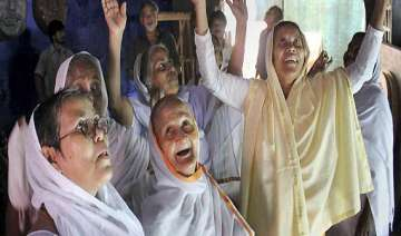 over 1 000 vrindavan widows celebrate diwali...