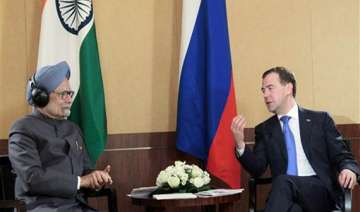 pm medvedev discuss nuke safety reviews - India TV