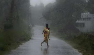 phailin storm killed at least five in jharkhand -...