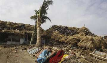 phailin weakens further takes shape of deep...