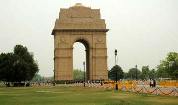 pleasant morning in delhi partly cloudy day ahead...