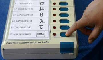 sc notice on facilitating voting by nris - India...