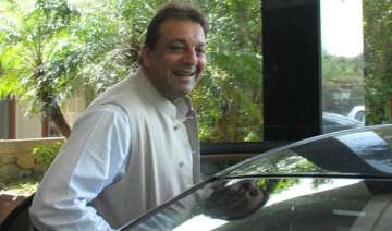 sc allows sanjay dutt to travel abroad - India TV