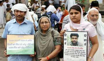 sarabjit s family steps up efforts for his...