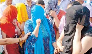 sex racket busted in delhi woman pimp arrested -...