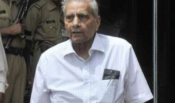 shanti bhushan fined for stamp duty evasion to...