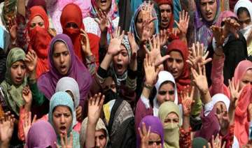 shias in bangalore protest attack on shrine of...