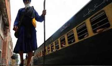 340 sikh pilgrims given visas for pakistan -...