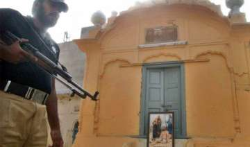 sikhs in lahore prevented from celebrating...