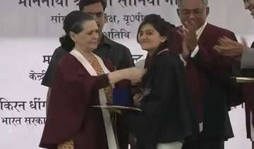 sonia gandhi s fashion tips to nift students -...