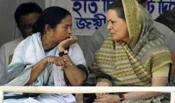 cong in two minds on joining mamata led...