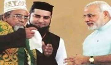 sufi imam angry over modi refusing to wear his...