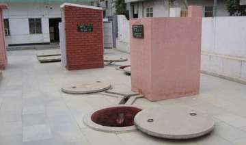 sulabh to build toilets in all the houses of...