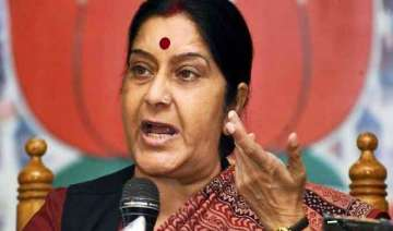 sushma swaraj demands all party meet over fdi in...
