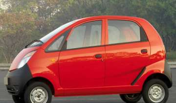 tata nano car drives into guinness world records...