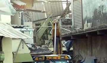 two die in mumbai wall collapse - India TV