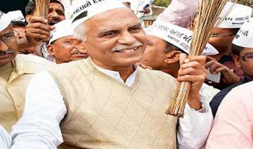 two former bjp leaders to contest on aap ticket...